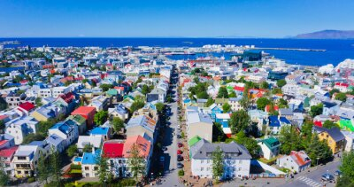 Poster Bella grandangolari vista aerea eccellente di Reykjavik, Islanda