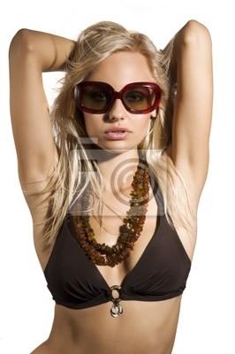 5c0cdf8a1f Donna sexy con gli occhiali da sole manifesti da muro • poster ...