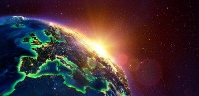 Poster Europa Al Golden Alba - Vista dallo spazio