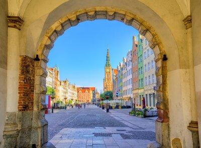 Poster Facciate colorate gotiche int la città vecchia di Danzica, Polonia