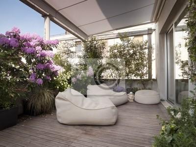 Grande terrazzo con moderne poltrone e fiori manifesti da muro