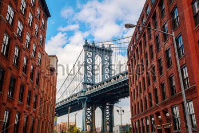 Poster Manhattan Bridge seen from Dumbo, Brooklyn, New York City