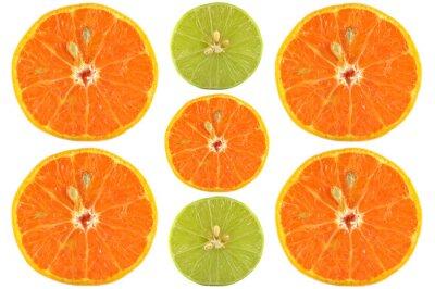 Poster Metà di arancio e calce su sfondo bianco