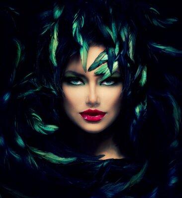 Poster Misteriosa donna del ritratto. Bello modello Woman Face Primo piano