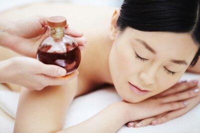 Poster olio aromatico per il massaggio