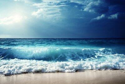 Poster onde sulla spiaggia di Seychelles