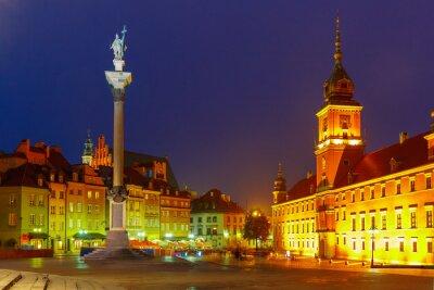 Poster Piazza Castello di notte a Varsavia, Polonia.