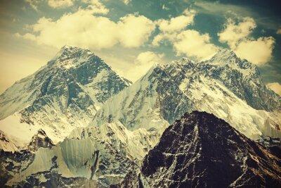 Poster Retro tonica immagine del Monte Everest, Nepal.