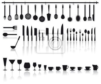 Set di posate, coltelli, bicchieri e altri attrezzi da cucina ...