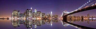 Poster Skyline di New York e la riflessione di notte