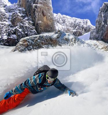 Poster Snowboarder free rider in montagna