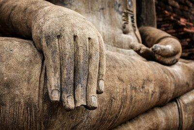 Poster Statua di Buddha mano da vicino i dettagli