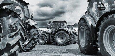 Poster trattore agricolo line-up, aratri e macchine