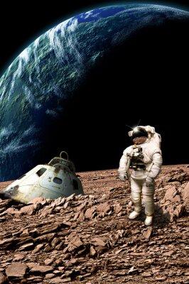 Poster Un astronauta stranded esamina la sua situazione - Elementi di questa immagine fornita dalla NASA.
