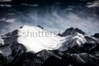 Poster Vette innevate dei Monti Tatra. Stili filtrato