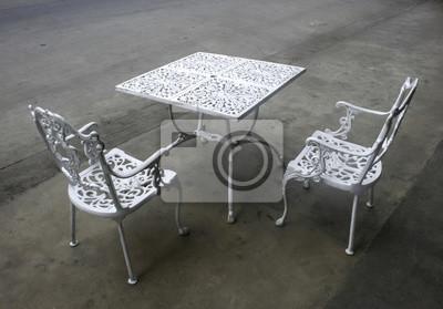 Tavoli E Sedie Da Giardino In Ferro.Vintage Tavolo Da Giardino In Ferro Battuto E Sedie Manifesti Da