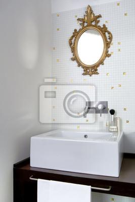 Bagno Moderno Con Parquet.Vista Interiore Di Un Bagno Moderno Con Parquet Manifesti Da Muro