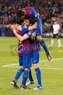 Poster BARCELLONA - giocatori del Barcellona festeggiano un gol durante la partita di Coppa di Spagna tra FC Barcelona e Valencia, segno finale 2-0, nello stadio Camp Nou, Barcellona, Spagna