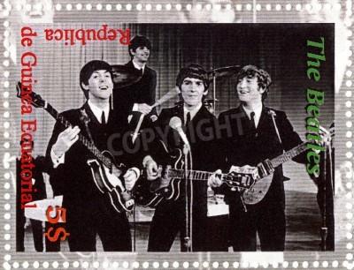 Poster REPUBBLICA GUINEA ECUTORIAL � CIRCA 2003: The Beatles - 1980 famoso gruppo pop musicale.