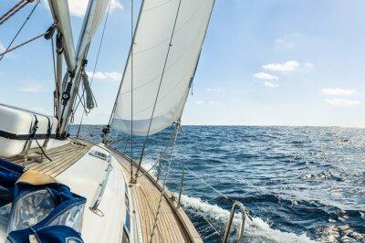 Poster Yacht a vela nell'oceano Atlantico a sunny day cruise