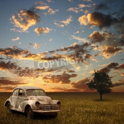 Quadro An Old Abandoned Car with Sunset