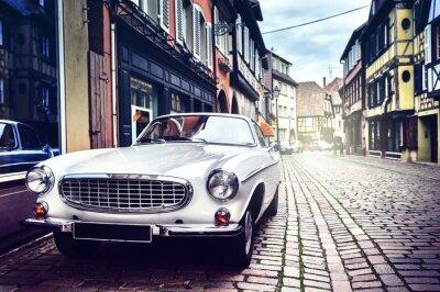 Quadro Auto retrò nella vecchia via della città