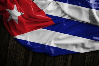 Quadro bandiera cubana sulla tabella di legno