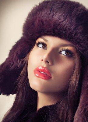 Quadro Beauty Fashion Model Ragazza in un cappello di pelliccia