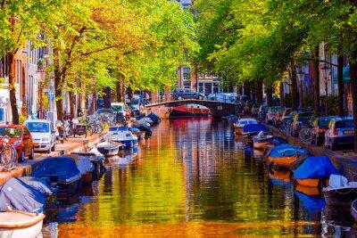 Quadro Bella canale nella città vecchia di Amsterdam, Paesi Bassi, Olanda Settentrionale.