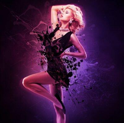 Quadro Bella ragazza ballerina in abito nero in posa creativo sull'arte