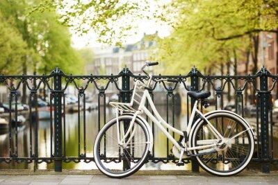 Quadro Bici sulla strada di Amsterdam in città