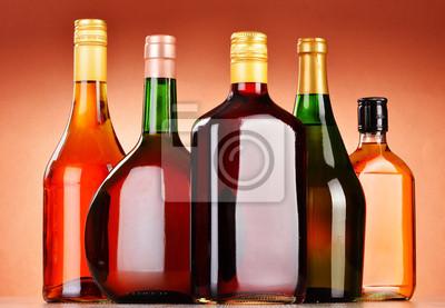 Quadro Bottiglie di bevande alcoliche assortiti tra birra e vino