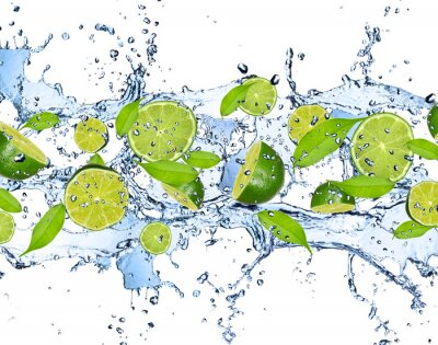 Quadro Calce fresche in acqua spruzzata, isolato su sfondo bianco