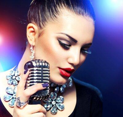 Quadro Cantare Donna con Retro Microfono