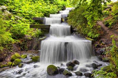 Quadro Cascata cascata nel parco Planten un Blomen di Amburgo