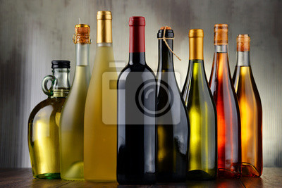 Quadro Composition with assorted bottles of wine