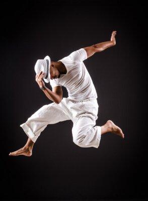 Quadro Danze Ballerino di danza in abiti bianchi