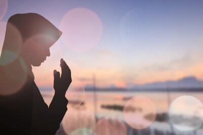 Quadro Donna musulmana pregare e Bellissimo sfondo ..