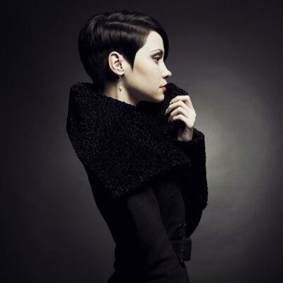 Quadro Elegante signora in cappotto