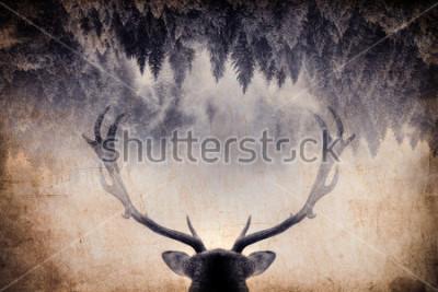 Quadro Esposizione doppia stile minimal vintage con un corno e foresta