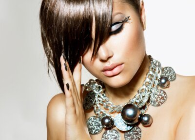 Quadro Fashion Glamour bellezza ragazza con elegante acconciatura e trucco