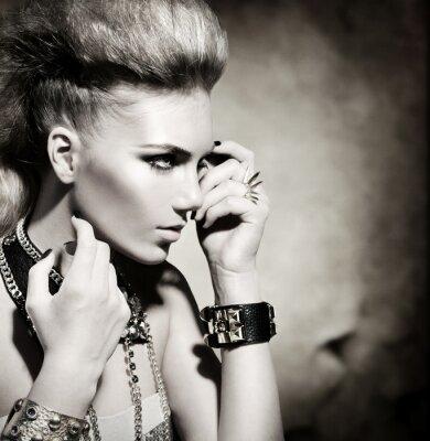 Quadro Fashion Rocker Style Modello Girl Portrait. Bianco e Nero
