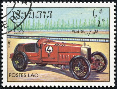 Quadro francobollo stampato in Laos, caratterizzato da un epoca Fiat S57 vettura sportiva