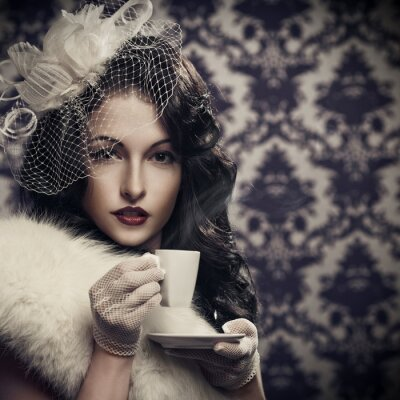 Quadro Giovane bella retro signora bere caffè
