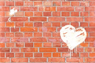 Quadro Graffiti Cuore resa su un muro di mattoni con spazio per il testo