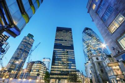 Quadro Grattacieli alla City di Londra di notte.