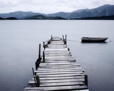 Quadro guardare sul molo e barca, bassa saturazione