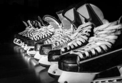 Quadro Hockey su pattini in fila in spogliatoio