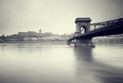 Quadro Immagine invernale cupa dei punti di riferimento ungheresi,