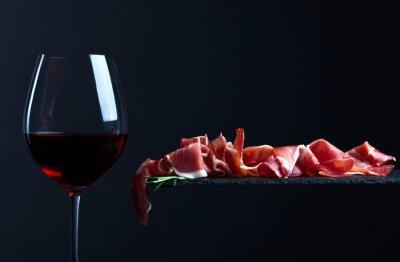 Quadro jamon con vino rosso
